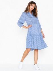 Gestuz TuanGZ short dress Loose fit dresses
