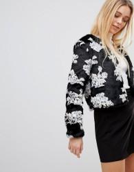 Girls on Film Coat in Floral Faux Fur - Black