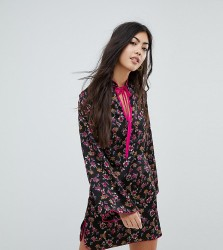 Glamorous Petite Long Sleeve Shift Dress With High Collar In Grunge Floral - Black