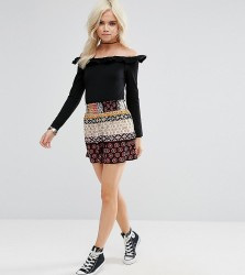Glamorous Petite Shorts In Contrast Gio Print - Multi