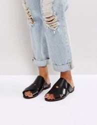 H by Hudson Leather High-Shine Flat Sandal - Black
