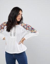 Hazel Floral Sleeved Blouse - White