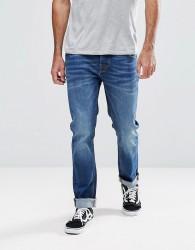 Hoxton Denim Slim Fit Jeans in Mid Wash Blue - Blue