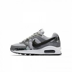 http://images.nike.com/is/image/DotCom/AT6171_001_C_PREM?wid=650&hei=650&qlt=90&fmt=png-alpha Nike Air Max Command-sko til store