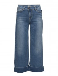 Hubert Flaired Jeans