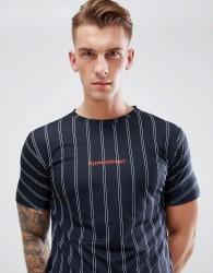 Hype T-Shirt In Pinstripe - Black