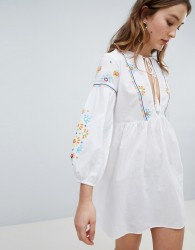 Influence Embroidered Panel Beach Dress - White