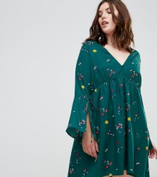 Influence Plus Dress with Flare Sleeves - Green
