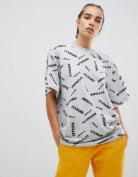 Ivy Park Scatter Logo T-Shirt In Grey - Grey