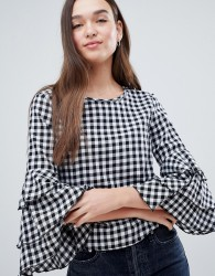 JDY Ally Check Top with Frill Layer Sleeve - White