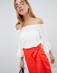 JDY Off Shoulder Prairie Top - White