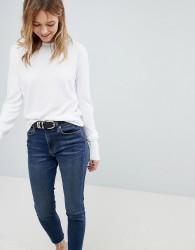 JDY Round Neck Knitted Jumper - White