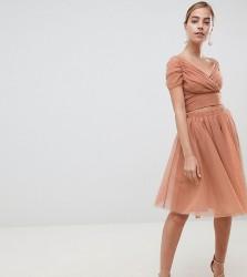John Zack Petite Tulle Midi Skirt - Beige