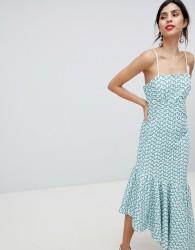 Keepsake broderie maxi dress with fluted hem - Green