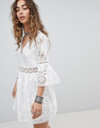 Kiss The Sky Lace & Jaquard Dress - White