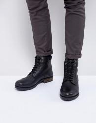 Kurt Geiger London Rayn Lace Up Boots In Black - Black