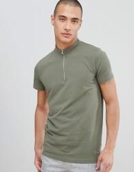 Lindbergh T-Shirt In Khaki Pique With Zip Neck - Black