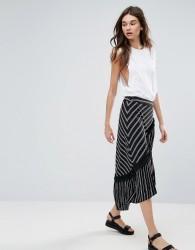 Liquorish Asymmetric Stripe Midi Skirt - Black