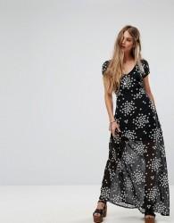 Liquorish Maxi Dress In Mini Star Print - Black