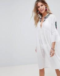 Liquorish Midi Beach Cover Up Dress With Arm Embroidery - White