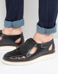 London Brogues Buckle Sandals In Black - Black