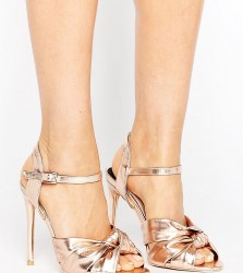 Lost Ink Wide Fit Knot Dancing Heeled Sandals - Gold