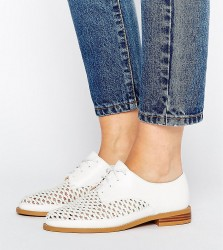 Lost Ink Wide Fit White Woven Flat Shoes - White