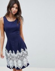 Louche Dress With Contrast Border Print - Navy