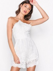 Love Triangle Angel Dust Lace Playsuit Playsuits Hvid