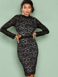 Love Triangle Back To Black Lace Dress Kropsnære kjoler Black
