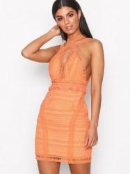 Love Triangle Cross Town Lover Mini Dress Kropsnære kjoler Mango
