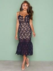 Love Triangle Hyper Romance Dress Kropsnære kjoler Marine