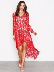 Love Triangle Opulent Dress Kropsnære kjoler Red