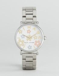 Marc Jacobs Classic MJ3579 Bracelet Watch In Silver - Silver