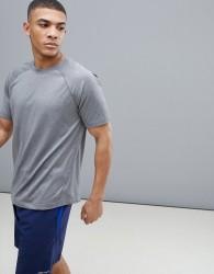 Marmot Active Accelerate SS Running Raglan T-Shirt in Grey - Grey