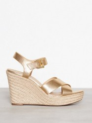 Michael Michael Kors Kady Wedge High Heel Guld