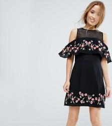 Miss Selfridge Petite Black Floral Cold Shoulder Dress - Black