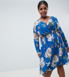 Missguided Plus wrap midi dress in blue floral - Blue