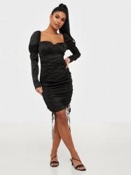 Missguided Satin Ruched Mini Dress Tætsiddende kjoler