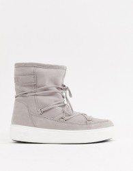 Moon Boot Pulse Faux Fur Line City Boots in Grey - Grey