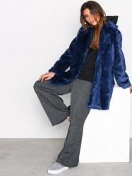 MOSS COPENHAGEN Lora Fairy Jacket Faux Fur Blue