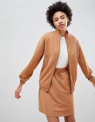 Moss Copenhagen Premium Tracksuit Top With Fine Side Stripe - Tan