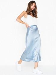 Neo Noir Lulla Satin Skirt Midi nederdele