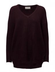 Nevis V Pullover Knit