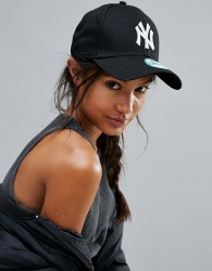 New Era Black NY 9Forty Cap - Black