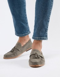 New Look Faux Suede Tassel Loafer In Dark Grey - Grey