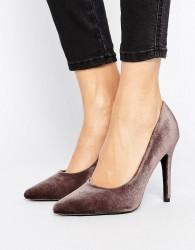 New Look Velvet Pointed Court Shoe - Black