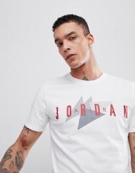 Nike Jordan T-Shirt With Retro Logo In White 908007-100 - White