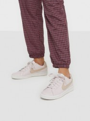 Nike Nsw Wmns Nike Court Royale Low Top