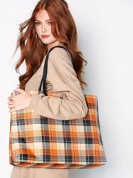 NLY Accessories Check Shopper Bag Håndtaske Ternet
